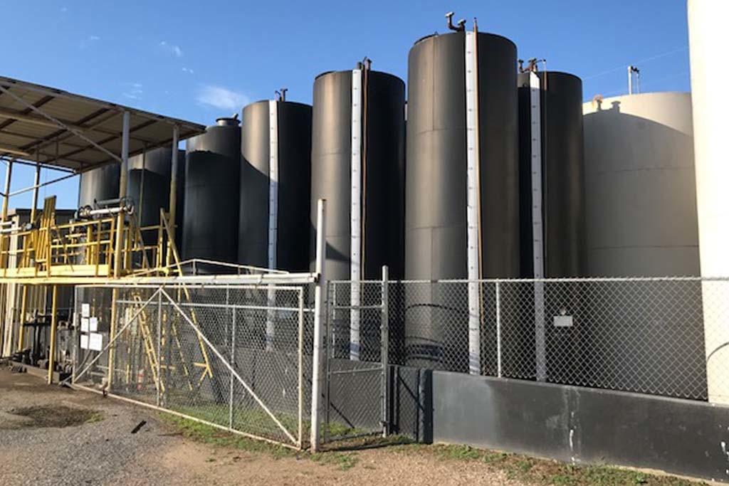 industrial tank maintenance